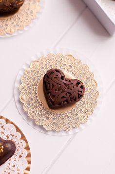 Ana Rosa. Chocolate heart biscuits.