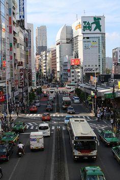 Shinjuku, Tokyo, Japan, photograph by Kazuya Minami. Tokyo Japan, Shinjuku Japan, Beautiful World, Beautiful Places, Japanese Lifestyle, Japan Holidays, All About Japan, Japanese Travel, Tokyo Travel