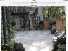 Small sport court with pavers