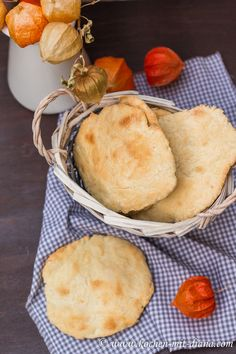 Kochen mit Diana/ Cooking with Diana: Naan Brot/ Naan bread