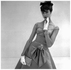 Daphne Abrams, for Vanity Fair, October 1957
