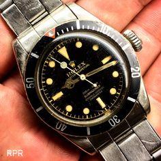 The Desert Bond - Rolex 6538 Big Crown Submariner Sport Watches, Cool Watches, Rolex Watches, Rolex Vintage, Vintage Watches, Rolex Tudor, Popular Watches, Rolex Submariner, Luxury Watches For Men