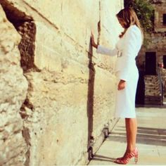 Melania Trump First Lady of the United States  Praying at the Western Wall Jerusalem, ISRAEL, MAY 2017