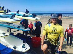 Día bueno con nuestros alumnos en la #playa de #Famara con nuestro Intructor @jaime_pombo  @lasantaprocenter  #surfcamp #Surfcamplanzarote #surflessons #surfcoach http://ift.tt/SaUF9M