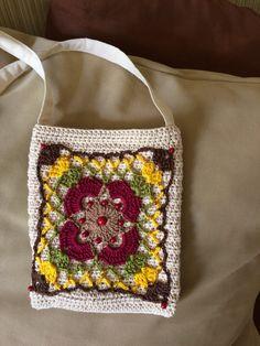 Mini Bolsa crochê 04 - Criação Lourdinha Reis Salles