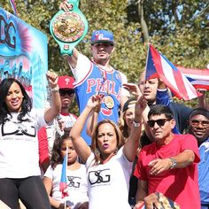 #Philly boxer @dannyswiftgarcia on his float at the Puerto Rican Day Parade yesterday. #Philadelphia #PHL #PuertoRicanParade #PuertoRican #PuertoRico #aldianews #ElYunque #parade #dannyswiftgarcia