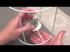 Le site http://femme2deco.com et la boutique http://femme2decotv.com vous offrent cet atelier créatif : Découvrez les bases de la création d'un abat-jour et ...