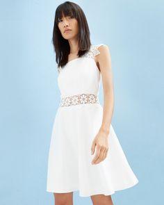 987176f065b8e Flower detail dress - White