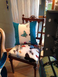 Chaise recouverte d'un tissu Designers Guild A vendre dans la boutique des ateliers de Bea