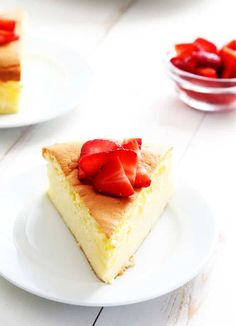 Gluten Free Japanese Cheesecake - Gluten Free on a Shoestring Gluten Free Sweets, Gluten Free Baking, Gluten Free Recipes, Paleo Baking, Diabetic Recipes, Foods With Gluten, Sans Gluten, Gluten Free Cheesecake, Cheesecake Recipes