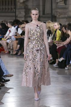 Georges Hobeika | Haute Couture Fall-Winter 2016-17 | Look 12