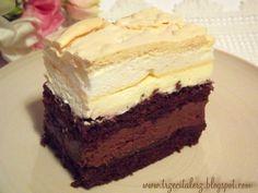 Morze Czarne to ciasto, którego powinni spróbować wielbiciele czekolady, szczególnie gorzkiej. Kakaowy biszkopt przełożony jest masą cze... Sweets Cake, Cupcake Cakes, Cake Bars, Polish Recipes, No Bake Cake, Chocolate Cake, Oreo, Cake Recipes, Sweet Tooth