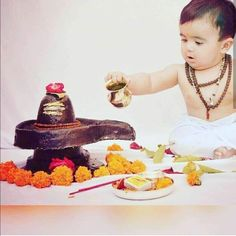 Mother Baby Photography, Cute Kids Photography, Newborn Photography Poses, Baby Boy Pictures, Baby Images, Hd Images, Baby Ganesha, Shiva Photos, Monthly Baby Photos