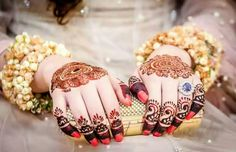 Indian Mehndi Designs For Fingers And Hands Indian Mehndi Designs, Mehndi Designs For Fingers, Mehndi Images, Bridal Mehndi Designs, Mehandi Henna, Hand Mehndi, Mehendi, Beautiful Bride, Beautiful Hands