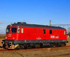 Electroputere Diesel-electric locomotive from 060-DA series in Püspökladány Vasútállomás in Hungary Rail Car, Speed Training, Bahn, Steam Locomotive, Train Tracks, Trains, Spice, Pictures, Europe
