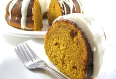 Skinny Pumpkin Cake with Cream Cheese Frosting
