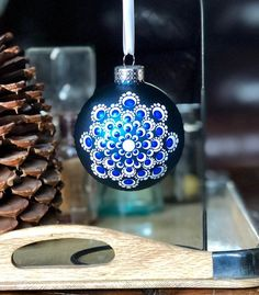 Excited to share this item from my shop: Vibrant white flower dot Mandala on cobalt blue glass ball ornament Painted Christmas Ornaments, Christmas Tree Ornaments, Christmas Crafts, Christmas Ideas, Dot Painting, Stone Painting, Mandala Painting, Dyi Decorations, Christmas Mandala