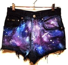 How to Chic: GALAXY SHORTS