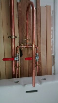 Our new copper kitchen mixer tap. Some DIY plumbing. Easier than you think.