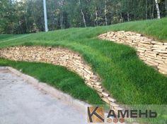 Подпорная стенка из камня песчаника