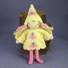 https://flic.kr/s/aHsiSZRiiB | Bendy dolls by Princess Nimble-Thimble