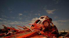 18. November 2013, #USA: Ein Auto auf einem #Schrottberg. Ein #Wirbelsturm hat in #Washington für die Verwüstung gesorgt. Mindetens fünf Menschen starben. (Foto: Reuters)