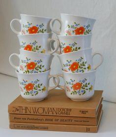 Eight Vintage Corning Corelle Wildflower Tea Cups Housewares