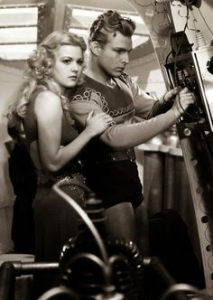 Jean Rogers & Buster Crabbe as Dale Arden & Flash Gordon