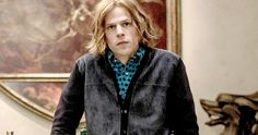 'Batman v Superman' Has Lex Luthor Commiting This Horrible Act -- Lex Luthor commits a truly despicable act that may set off one of the main heroes in the highly-anticipated 'Batman v Superman'. -- http://movieweb.com/batman-v-superman-lex-luthor-ma-kent-kidnapping/