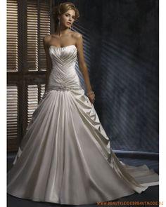 2013 Schulterfreies Brautkleid aus Satin faltiger Korsett und bodenlanger Rock mit Schleppe