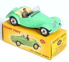 Dinky Toys 102 MG Midget Sports Car