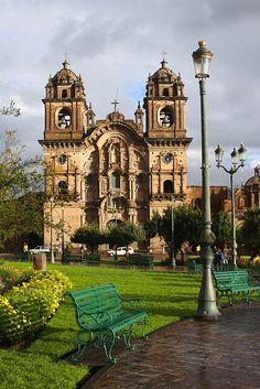 Plaza de Armas, Cusco / Peru (by thejourney1972).