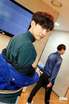 Asian Actors, Korean Actors, Jin Yong, B1a4 Jinyoung, Lee Jung, Fans Cafe, Kdrama Actors, Cute Friends, Asian Boys