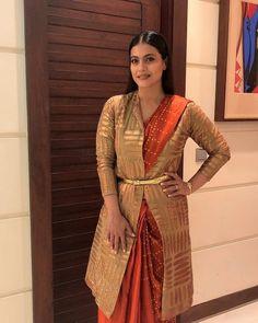 Shopzters | Time to follow the 'Shirt Jacket' Trend! Saree Blouse Designs, Blouse Patterns, Bandhani Saree, Sari, Winter Wedding Outfits, Winter Weddings, Winter Outfits, Gold Jacket, Shirt Jacket