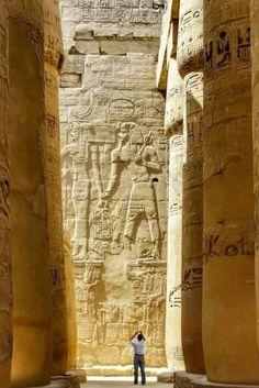 Ancient Ruins, Ancient Art, Ancient Egypt, Ancient History, Egyptian Temple, Luxor Temple, Kemet Egypt, Luxor Egypt, Egyptian Beauty