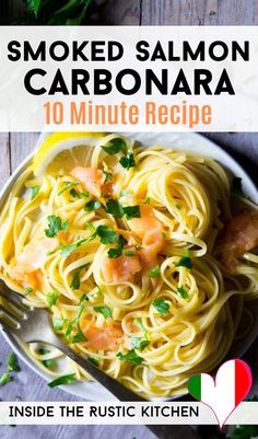 This healthy pasta recipe is made with just five simple ingredients and ready in 10 minutes. It's a super quick and delicious Italian weeknight meal that's creamy (without any cream), luxurious and packed full of flavour! Smoked Salmon Carbonara, Smoked Salmon Pasta Recipes, Healthy Pasta Recipes, Healthy Pastas, Pasta With Smoked Salmon, Carbonara Recipe No Cream, Easy Pasta Sauce, Pasta Dishes, Italian Recipes