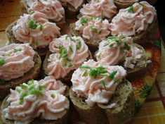 No Salt Recipes, Cooking Recipes, Party Finger Foods, Canapes, Yummy Appetizers, Krabi, Food Inspiration, Potato Salad, Sushi