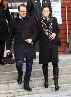 Queens & Princesses - Princess Victoria and Prince Daniel visited the Jämtland County in northern Sweden. Unfortunately, the princess had to cancel part of her visit because she was suffering from the flu. After lunch, Prince Daniel continued the tour alone.