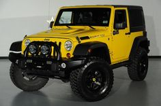 Custom yellow Jeep Wrangler by Starwood Motors