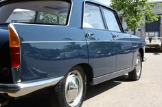 PEUGEOT 404 Grand Luxe