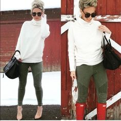 H&M Mama (maternity) moto leggings olive green Great condition can work throughout yiur pregnancy for you because they are stretchy like leggings.   Pockets in back. *model pic is not of actual pants only similar style H&M Pants