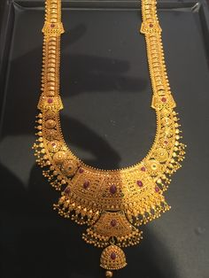 Gold Chain Design, Gold Bangles Design, Gold Earrings Designs, Gold Jewellery Design, Gold Jewelry Simple, Gold Wedding Jewelry, Bridal Jewelry, Gold Mangalsutra Designs, Gold Necklace