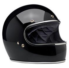 Biltwell Gringo and Gringo S - Custom crowd favourite, the Biltwell Gringo helmet has been updated to meet ECE regulations, making it road-legal. Motorcycle Goggles, Motorcycle Outfit, Cb500 Cafe Racer, Helmets For Sale, Motorbike Parts, Bell Helmet, Vintage Helmet, Open Face Helmets, Face Design