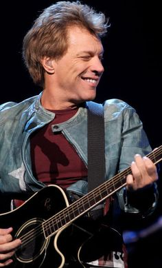Photos: Bon Jovi rocks Pinnacle Bank Arena : Gallery Some pictures from last nights wonderful concert I went to.