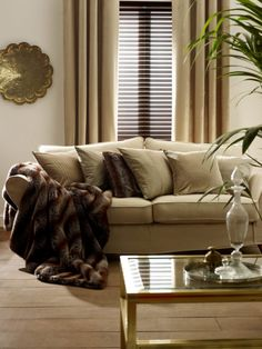 How can you benefit from combining wood venetian blinds with a pair of curtains? Our blog explores the benefits of this stylish combination...