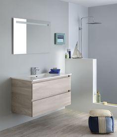 Salle de bain de charme jaune et grise avec des meubles laqués ...