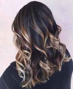 cool Модное окрашивание балаяж на темные волосы (50 фото) — Солнечные блики на локонах Читай больше http://avrorra.com/okrashivanie-balayazh-na-temnye-volosy-foto/