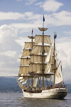 River Clyde - Tall Ships