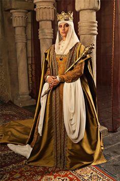 Reina Isabel I de Castilla (Michelle Jenner) - Isabel (tv)