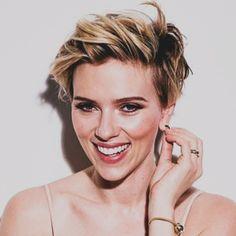 i ♥ Scarlett Johansson Short Hair Undercut, Undercut Hairstyles, Hairstyles Haircuts, Chic Short Hair, Short Hair Cuts, Short Hair Styles, Scarlett Johansson Hairstyle, Black Widow Scarlett, How To Style Bangs